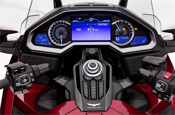 Honda Gl1800 Gold Wing Viktor Motosport